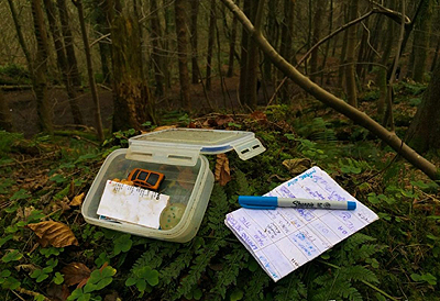 File:Small geocache tupperware.png
